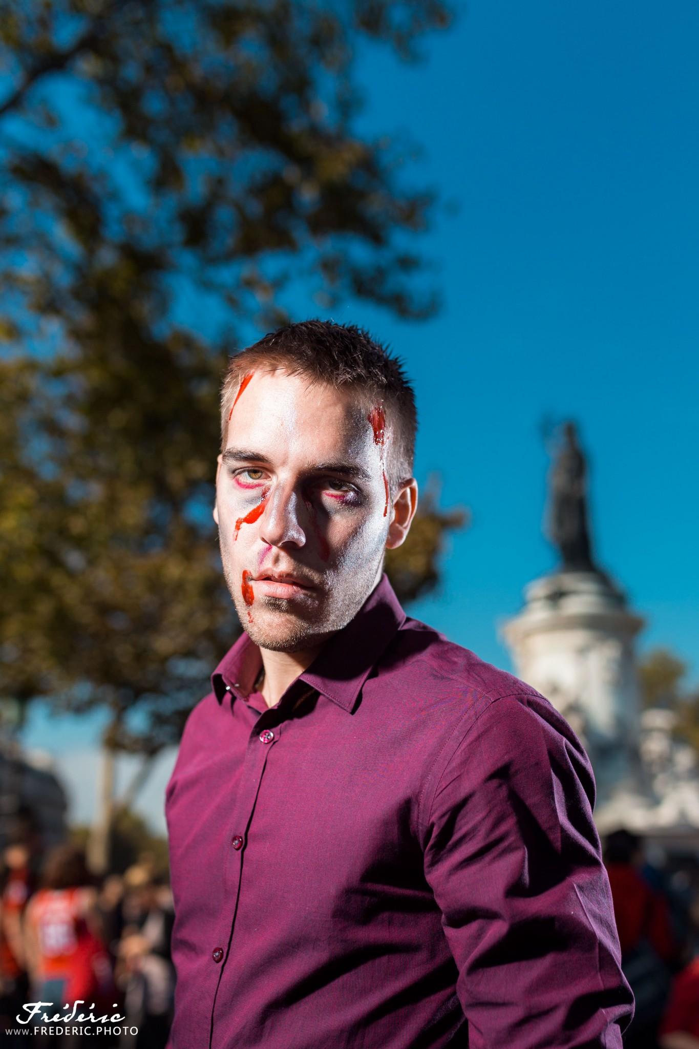 Zombie Walk Paris - Place de la République - 2015